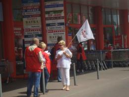 2012 05 31 protest Tesco 1