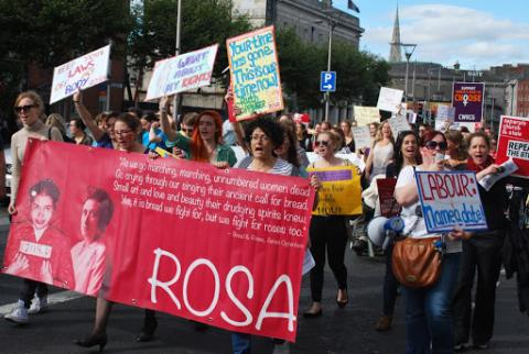 Działaczki inicjatywy ROSA - For Reproduction rights against Oppression Sexism & Austerity